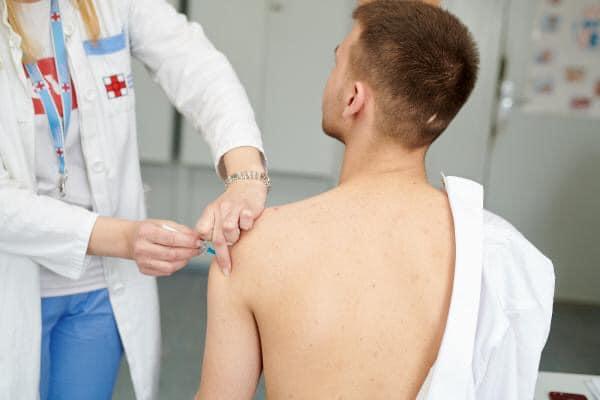 Prve vakcine , korona, vlada