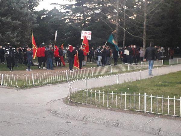 Građani protestvuju zbog smjenjivanja Ljiljane Adžić