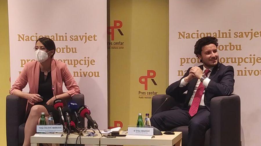 Vanja Ćalović Marković, stanovi, funkcioneri