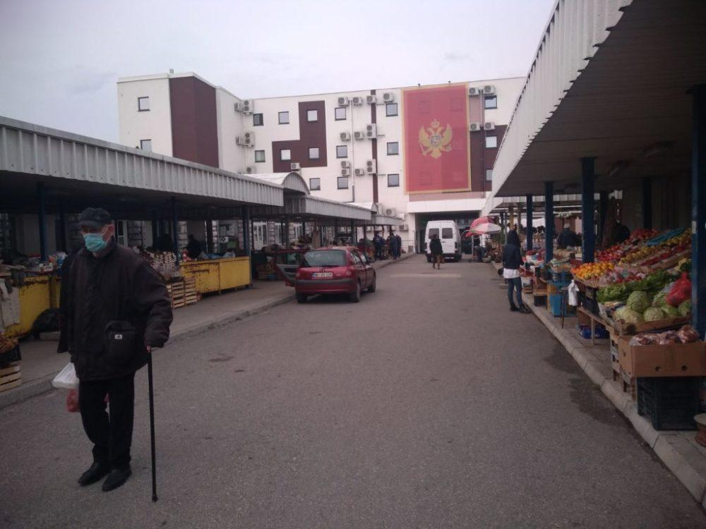 Dobra ponuda i dobra prodaja na pijaci u Nikšiću