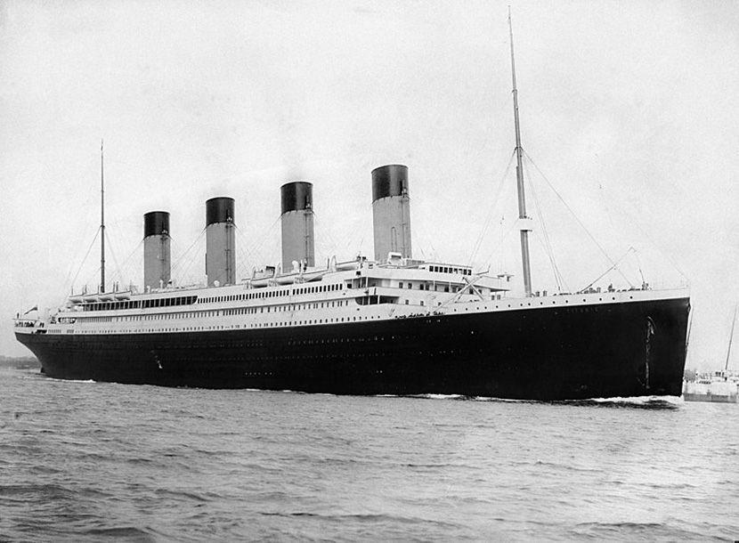 Titanik, dan, okean
