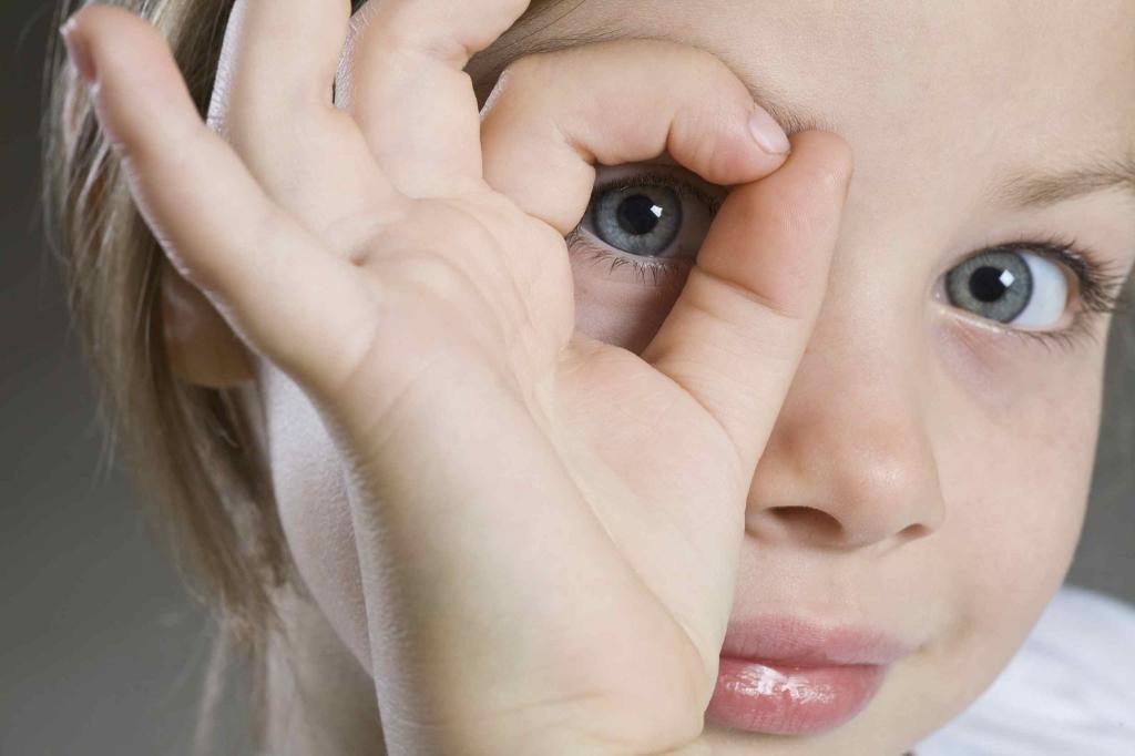 drBojan Kozomara, oftalmolog ,astigmatizam, djeca, zdravlj