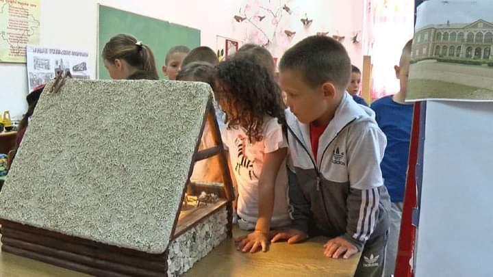 JU Muzeji i galerije Nikšić i JPU ,, Dragan Kovačević''.